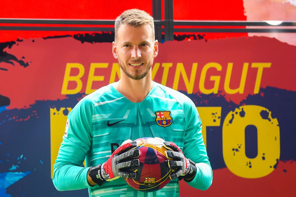 FC Barcelona Unveil New Player Norberto Murara Neto 1577454232