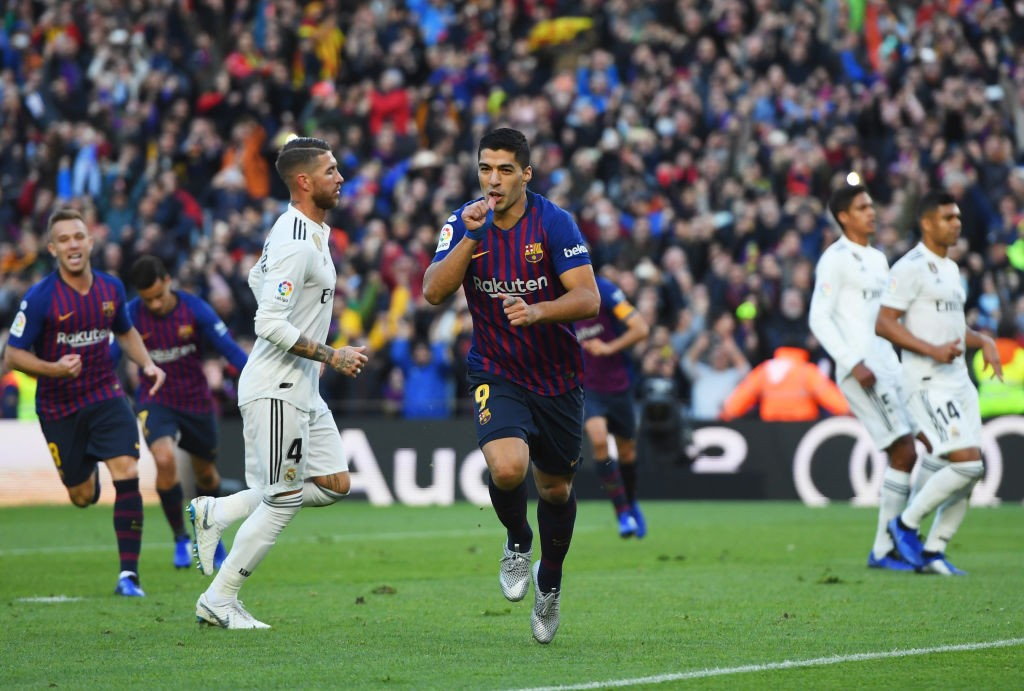 SuarezFC Barcelona v Real Madrid CF La Liga 1559851605