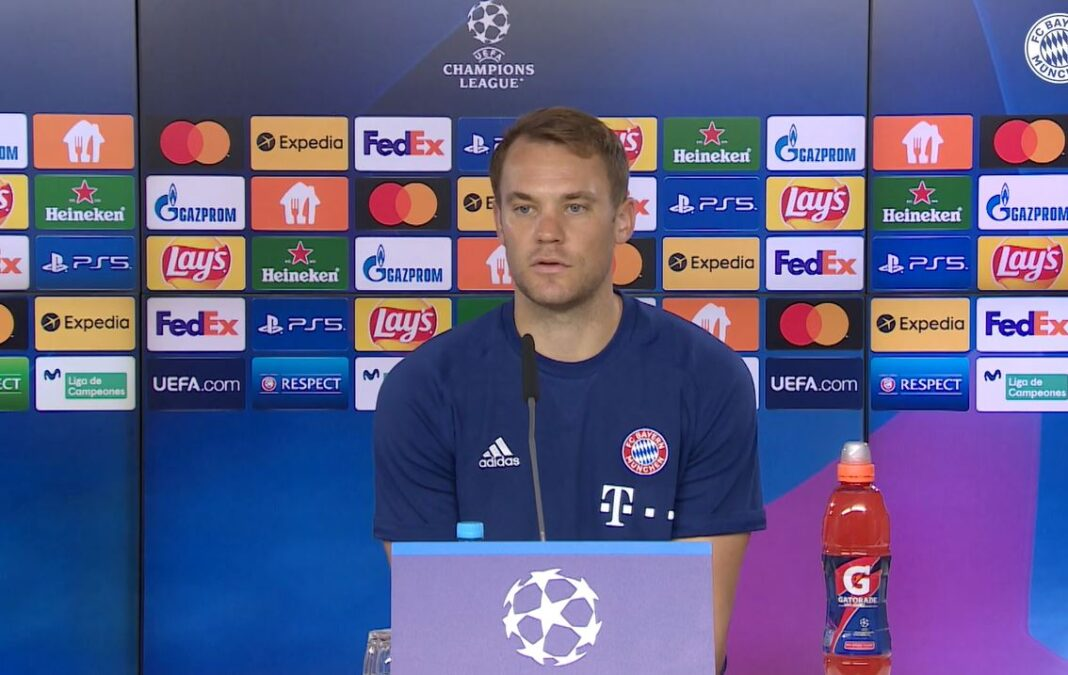 Manuel Neuer auf der Pressekonferenz vor dem CL-Spiel beim FC Barcelona