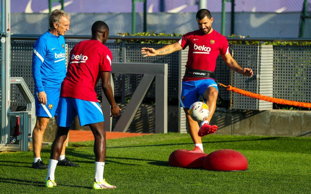 Rückkehr ins Training: Ousmane Dembélé und Sergio Agüero mischten am Montag erstmals wieder mit. - Foto: FC Barcelona